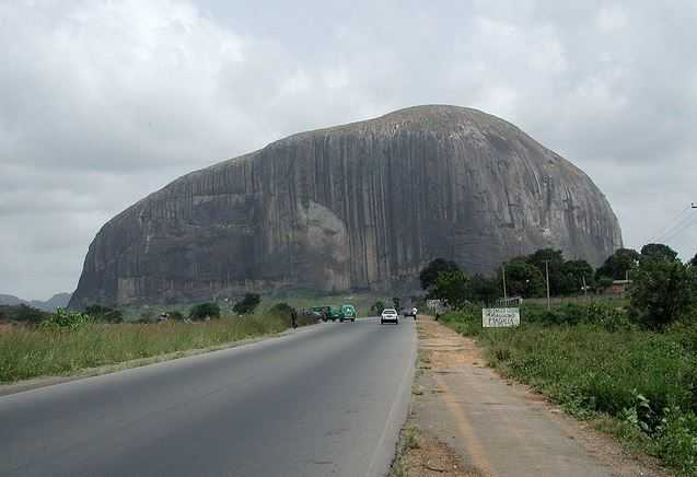 Road-to-Zuma-Rock-Abuja-hotels.ng